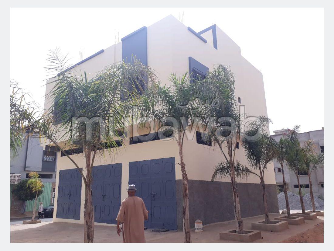 شراء منزل مميز ب أولاد وجيه. المساحة 115 م². أماكن وقوف السيارات وشرفة.