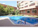 Nu te huur: appartementen in El Hara. 5 Ruimtes. Veel comfort met airconditioning en open haard.