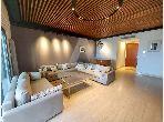 شقة رائعة للايجار ب ضفاف البحيرة 2. 3 غرف جميلة. مفروشة.