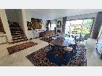 منزل ممتاز للبيع ب عين الذياب امتداد. 9 قطع كبيرة. الزجاج المزدوج والتدفئة المركزية.