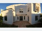 Luxury villa for rent in Malabata. 13 large rooms. Swimming pool and caretaker service.